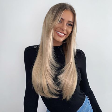 He's done it again @jaybirminghamhair ????????‍♀️ Fresh hair ✨  @beauty_worksonline extensions wearing a mix of Nano Bonds & Tapes in shades 'champagne blonde' & 'Santa Monica'. ELLIE10 for money off #beautyworks #ad #champagneblondehair
