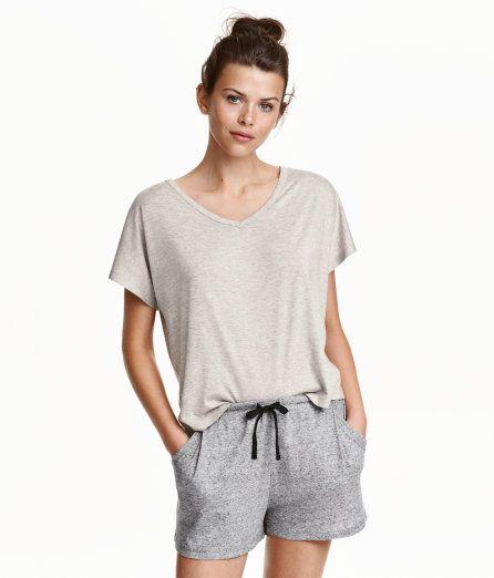competitive price feb9e ed285 Schlafshirt und -shorts | Helles Taupe | Damen | H&M DE ...