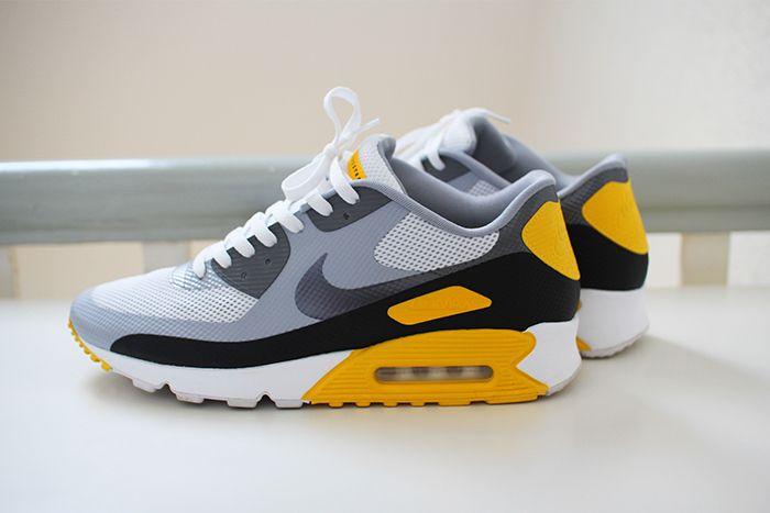 buy online 87b72 93cbe Nike Air Max 90 Hyperfuse