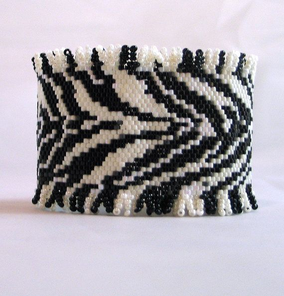 Bead Pattern African Zebra Print Beaded Bracelet with toggle clasp ...