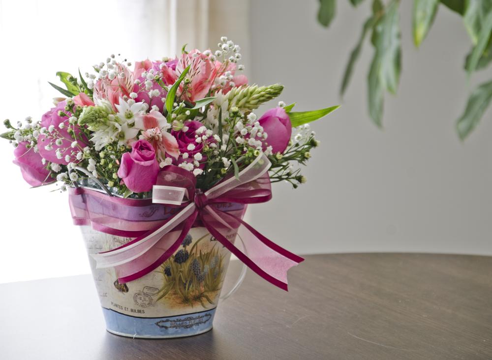 Flower arrangement arreglo floral arreglos de mesa pinterest flower arrangement arreglo floral arreglos altavistaventures Image collections
