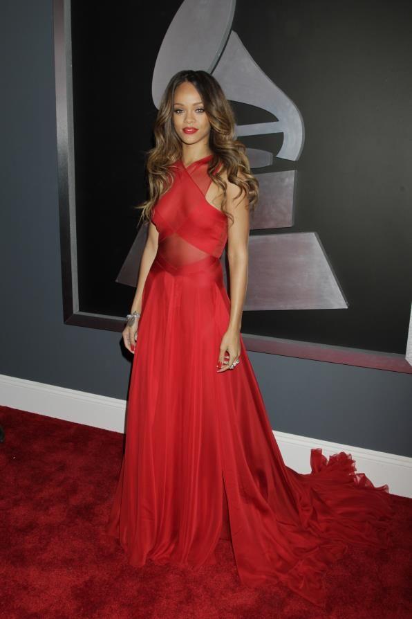 Pin by Wedyan Abdullah on Fashion | Fashion, Rihanna love ...