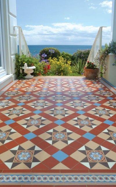 Antique Floor Tiles Carreaux Decoratifs Maisons De Style