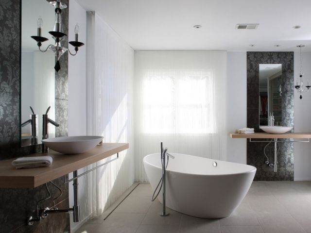 amnagement de salle de bains baignoire autoportantes ide - Salle De Bain Avec Baignoire Ilot