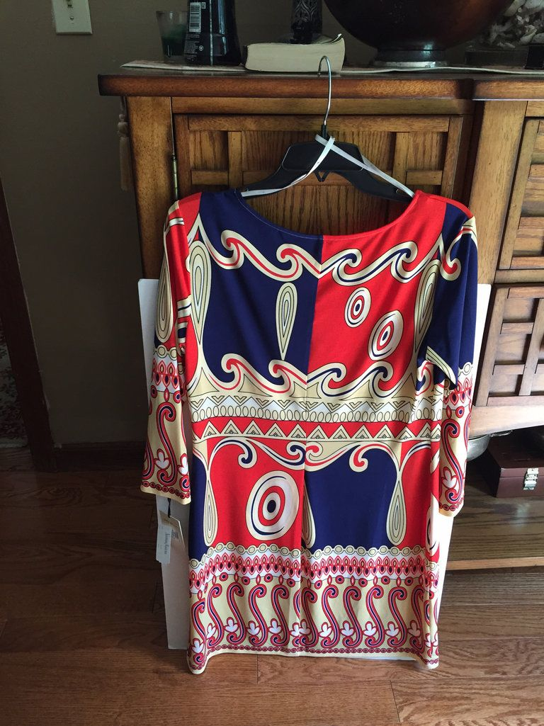 Check out Ali Ro Jersey Dress Navy Red Scroll Print 8 on Threadflip!