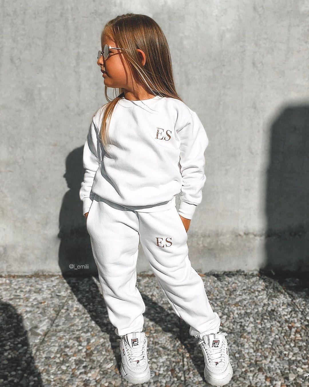 📸 @l_emilii: Cool outfits from @ittybittyboutiqueuk personalized with her Name 😍😍just amazing tracksuit @ittybittyboutiqueuk 🦄 use our code EMILI for discount ❣️ . #cutest_kiddies#fantastickiddies#fabolous_kiddies #thetrendykidz #fashionkids#cutekidsfashion #instaglamkidzz #twinningiswinning #miniinfluencer  #ig_fashionkiddies#minifashionista #kidsfashion #mimomapp#toddlermodel #kissinfashion #fashiongoalsz #fashionzine #ootdbloggers #ootdguide #stylefashion