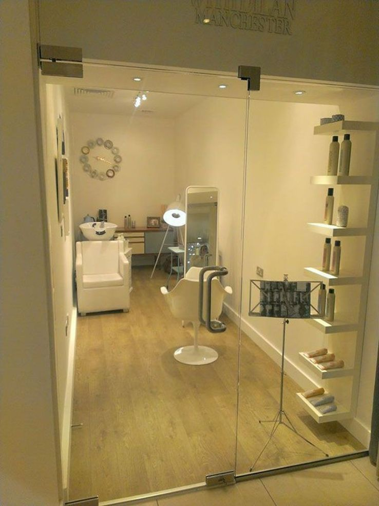 20 Impressive Salon Room Design Ideas Trenduhome Hair Salon Design Home Beauty Salon Small Beauty Salon Ideas