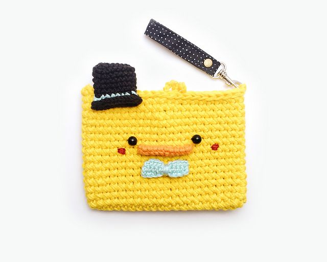Ravelry A Duckling Mini Purse pattern by Meemanan crochet