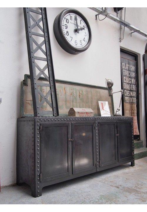 Enfilade industrielle rivet e 1900 metal furniture pinterest enfilade industriel et - Meuble industriel versailles ...