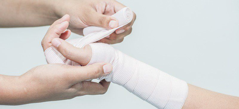 Wound Care 101: 7 Natural Ways to Assist Wound Healing