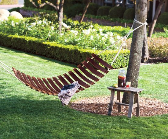 Hammock Made From Wine Barrel Slats Http://www.decorativehomeinterior.com/