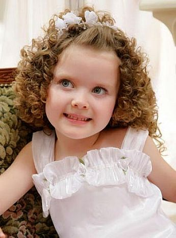 Be Creative With Your Little Girl Hairstyles Little Girls Curly