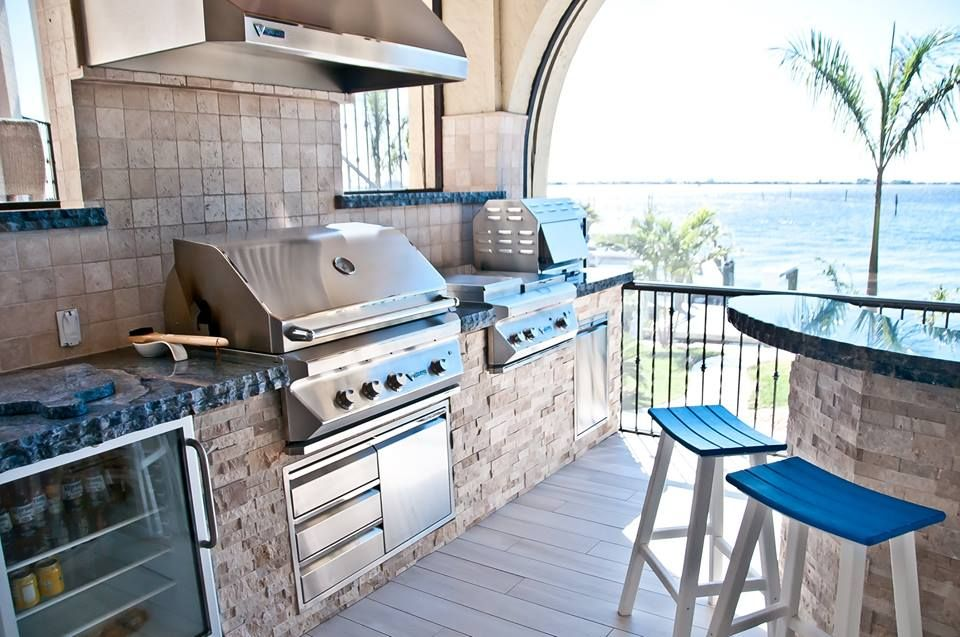 High End Twin Eagles Grilling Appliances With Natural Stacked Stone And Blue Bahia Granite Outdoor Kitchen Outdoor Kitchen Design Outdoor Remodel