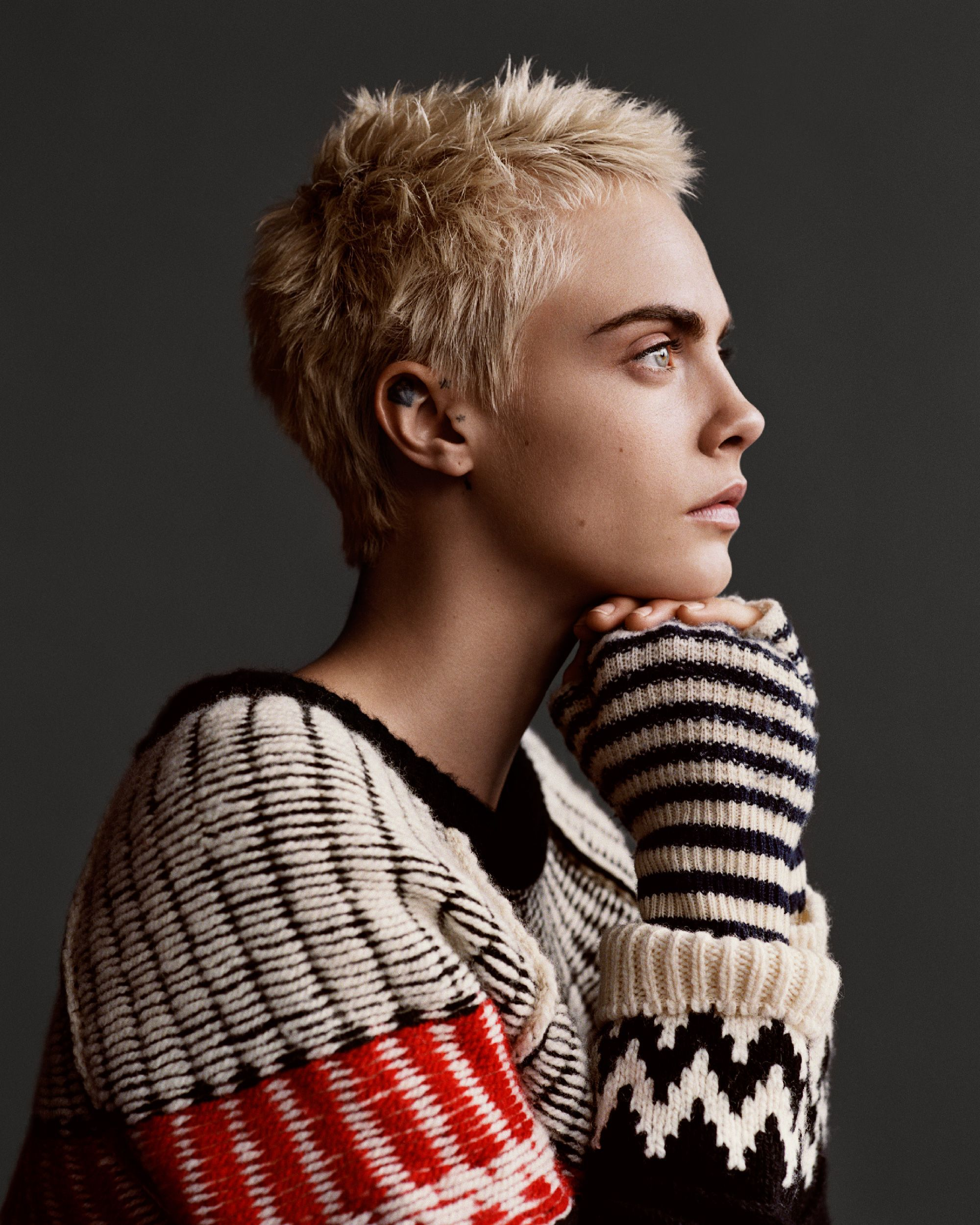Cara Delevingne On Style Womanhood Her 2018 Goals In 2019