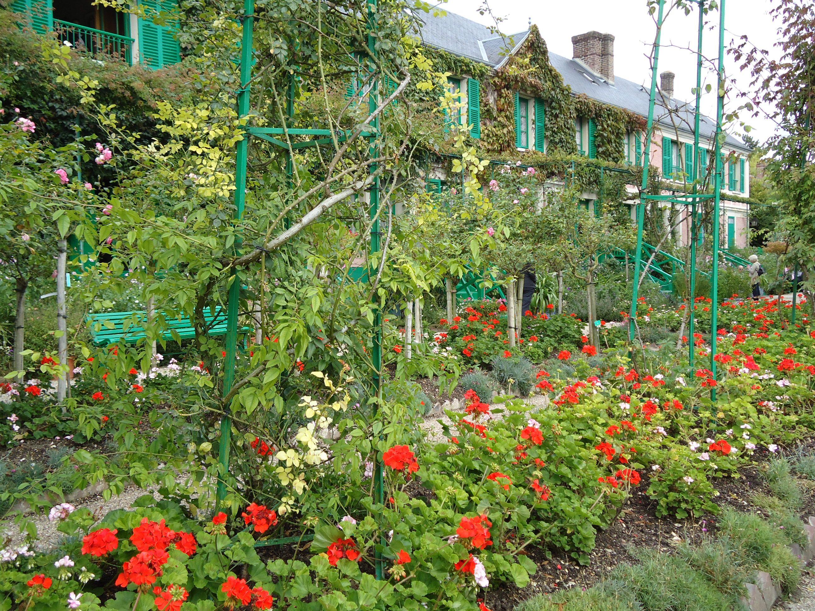 Giverny Hebergement Hotels Chambres D Hotes Gites Restaurants Informations Artistes Jardins Et Maison De Claude Monet Jardin Monet Monet Jardin Francais