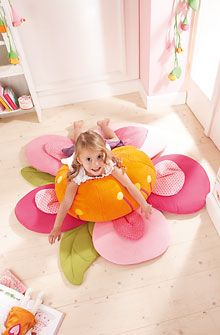 Flower floorpillow, Haba