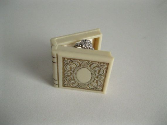 Vintage 1930s Book Ring Box #vintage #ringbox #wedding #proposal #1930s #book #engagement @Etsy