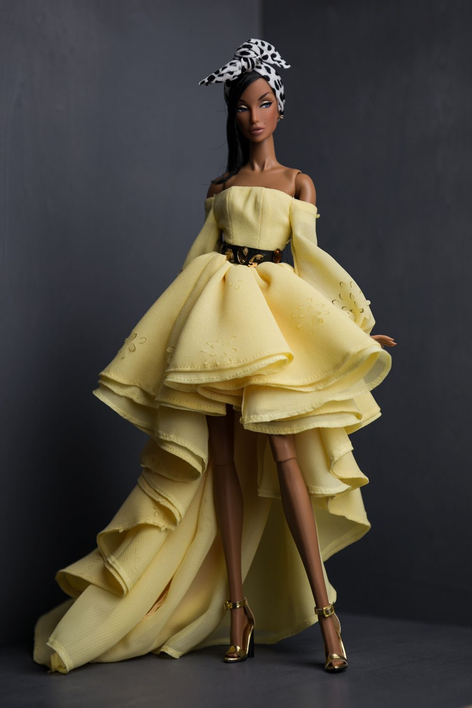 Spring/Summer 2017 Collection | Abendmode, Barbie und Schnittmuster