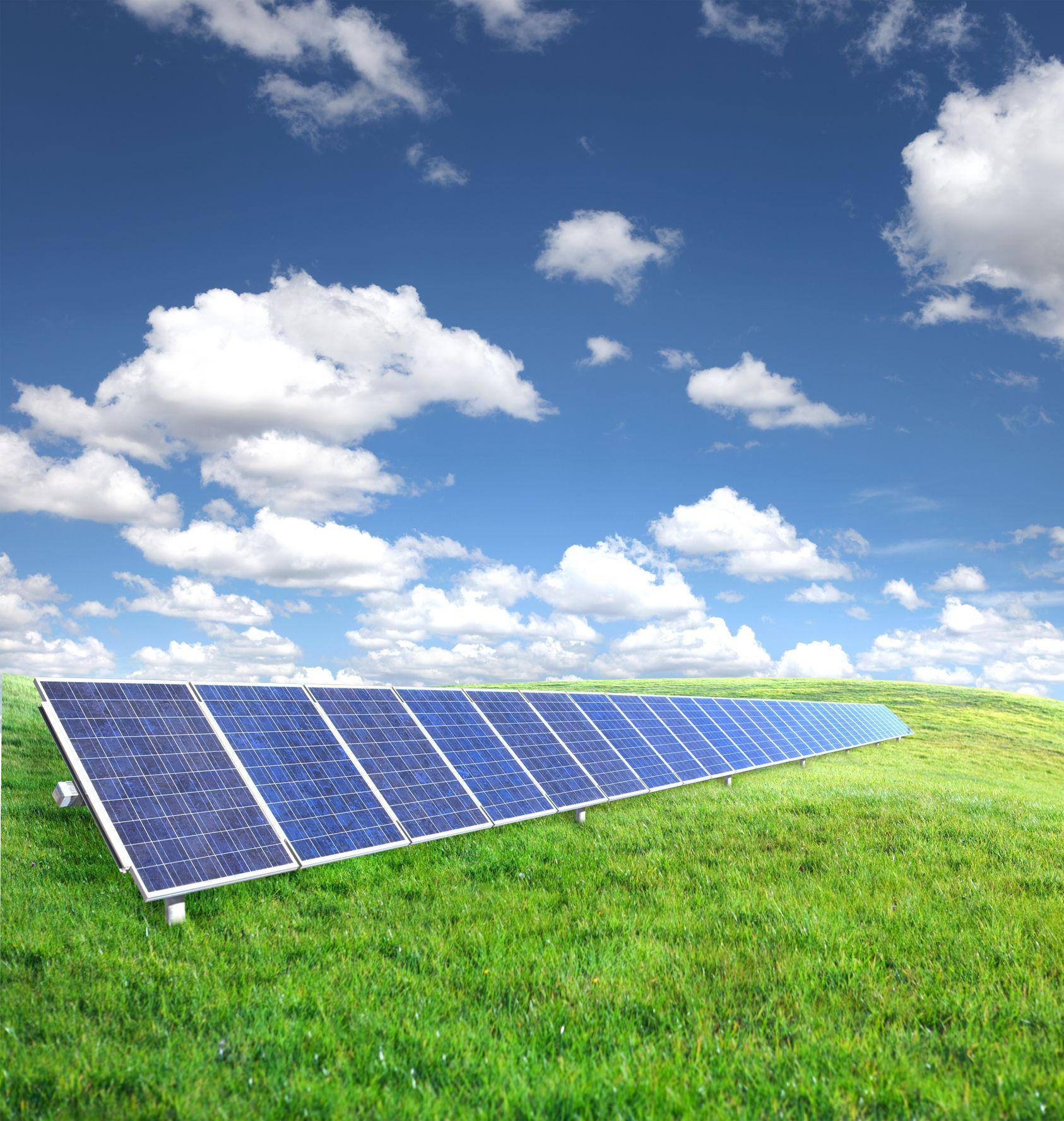 Why Solar Energy Makes Sense In Cloudy Western Washington Buy Solar Panels Solar Best Solar Panels