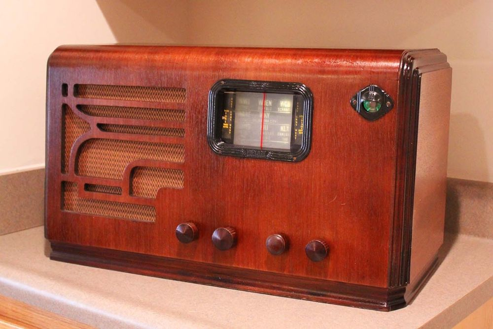 Gorgeous 1936 Airline Radio - Movie Dial - Tuning Eye - Restored and Works Great