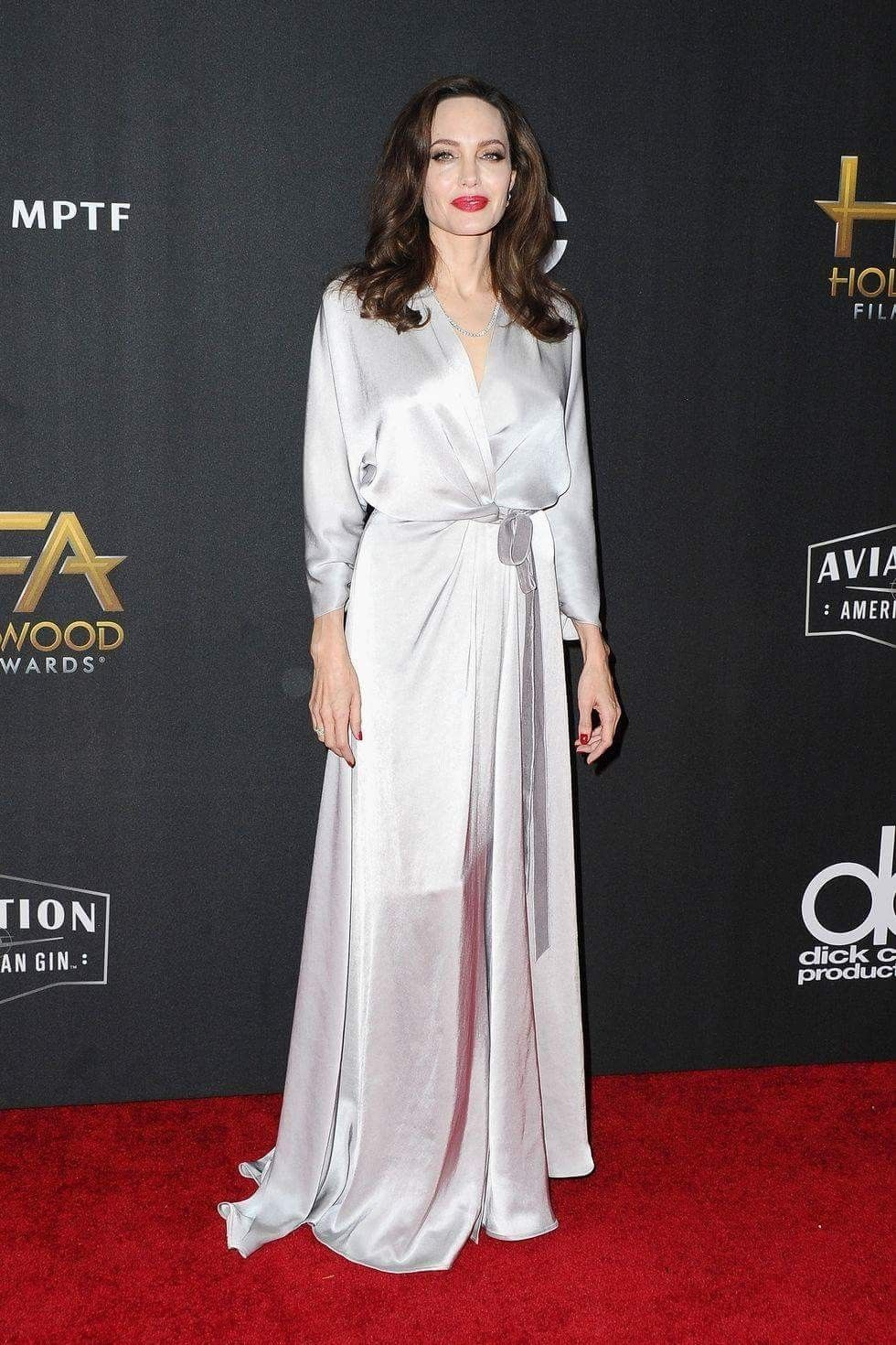 Carolyn kennedy bessette wedding dress  Godess  Angelina Jolie  Pinterest  Angelina jolie