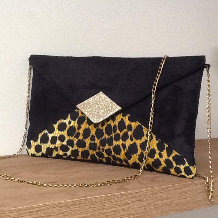 Pochette Soiree Noire Imprime Leopard Paillettes Dorees Etsy Pochette De Soiree Sacs A Main Noir Pochette Bandouliere