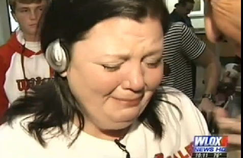 Devastated Mom Hears Dead Son's Heartbeat in Medical 'Miracle' (VIDEO)