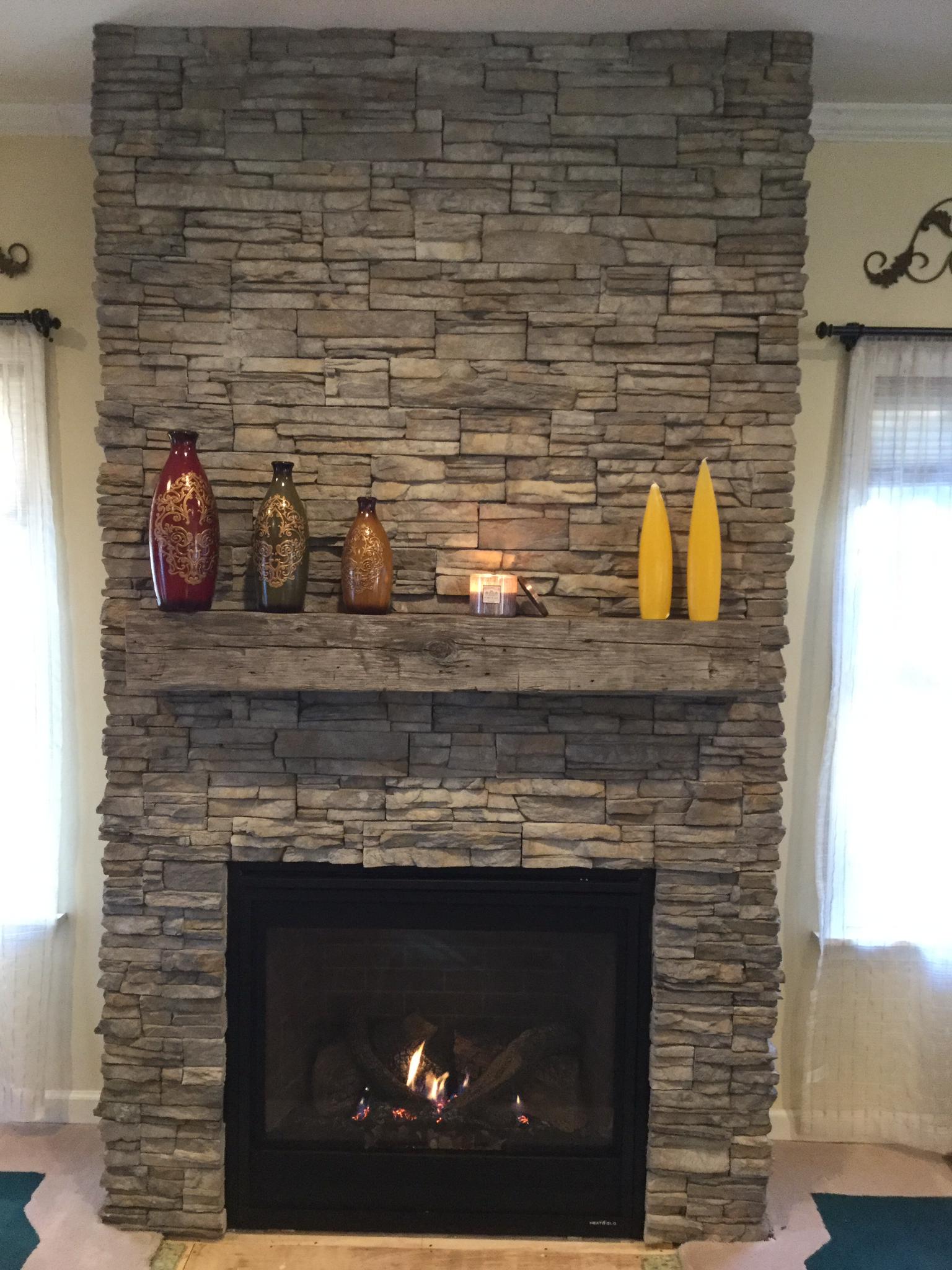 Eldorado Stone Nantucket Great Product Looks Awesome Stacked Stone Fireplaces Eldorado Stone Fireplace Tv Wall
