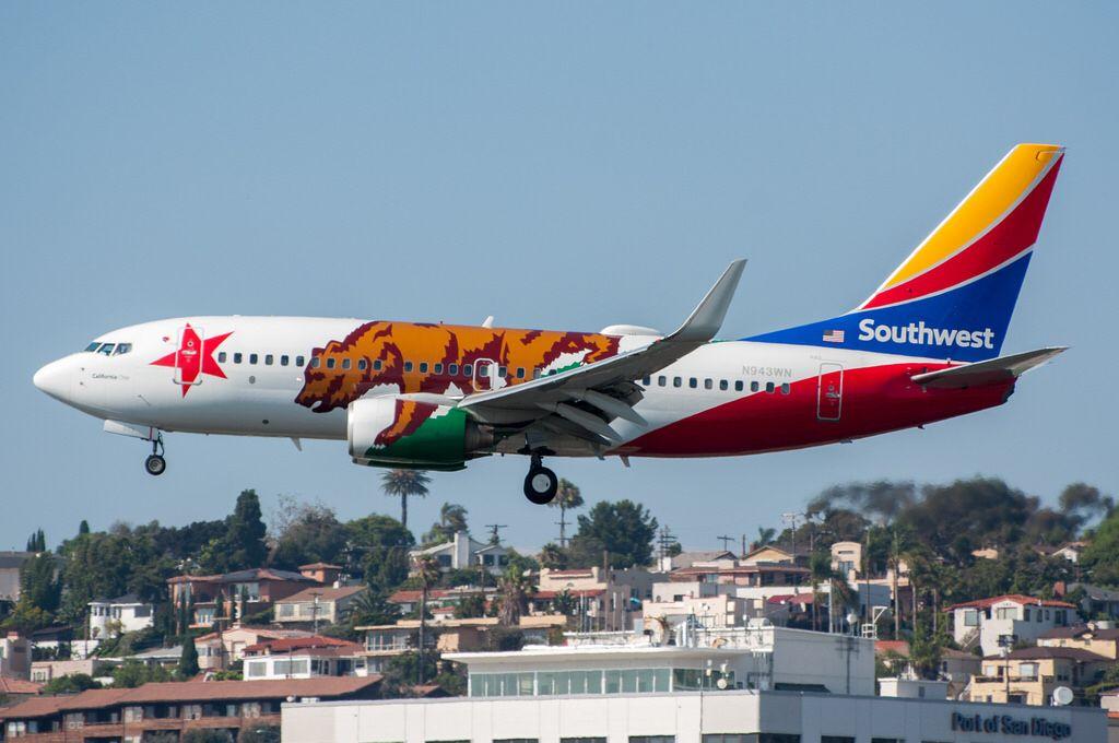 Southwest Airlines 737 7h4 Arriving At San 2017 08 11 Southwest