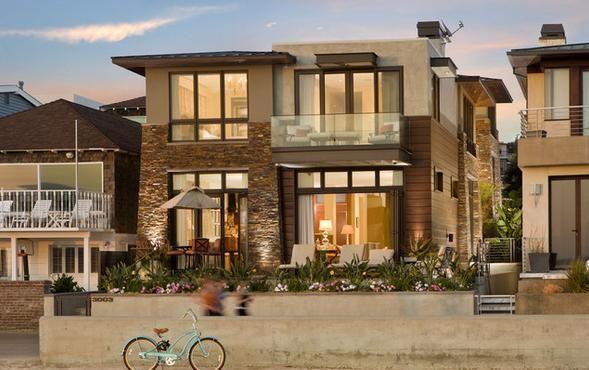Resultado de imagen de fachadas de casas rusticas de dos pisos con balcon fachadas pinterest for Fachadas casas dos plantas
