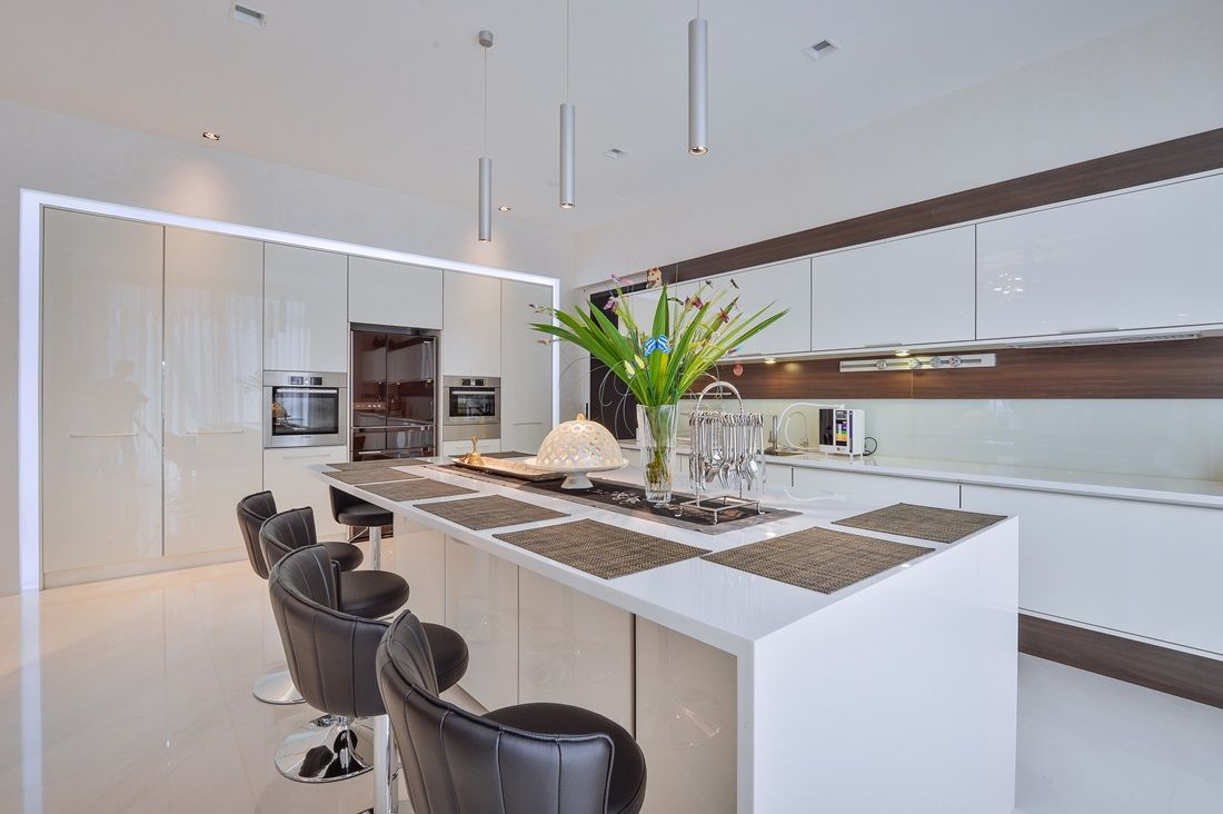 Modern White Kitchen In A Bungalow