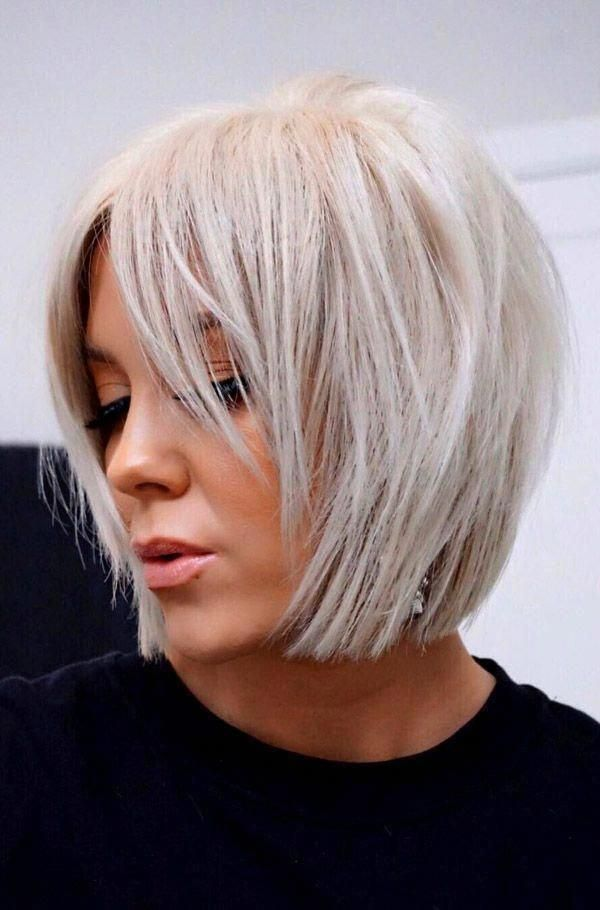 Bob Haircuts And Hairstyles For Women Evesteps Bobhairstylesforfinehair Choppybobhairstyles Medium Bob Haircut Short Bob Hairstyles Thick Hair Styles