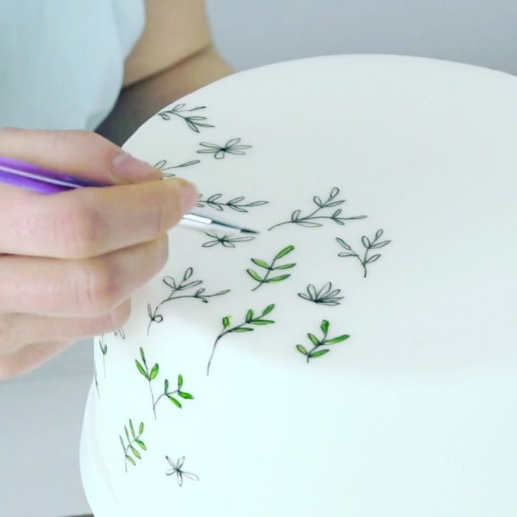 Masterclass - How to paint a cake #cakedesigns