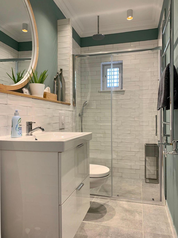 Von Der Besenkammer Zum Badezimmer Altbausanier In 2020 Badezimmer Badezimmer Gestalten Bad Sanieren