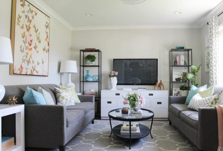 21 Ways To Decorate A Small Living Room And Create Space In 2020 Rectangle Living Room Small House Living Room Small Living Rooms