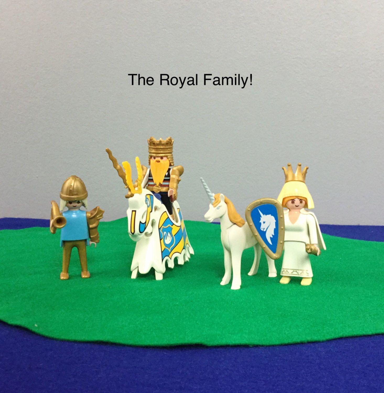 Vintage Playmobil Me val Royal Family Unicorn King Queen Prince
