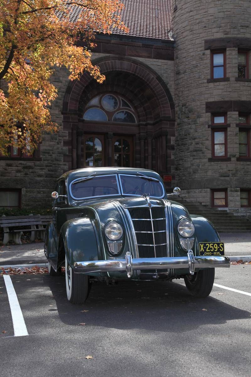 1935 chrysler airflow c1 4 door sedan