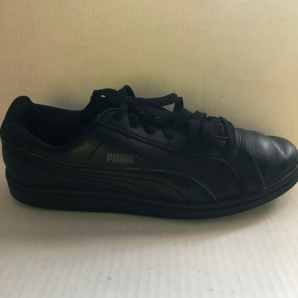 Black Smash WNS v2 Leather Sneaker Size