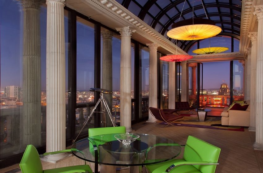 The atrium in Max's penthouse | Ashley's favorite place:-)