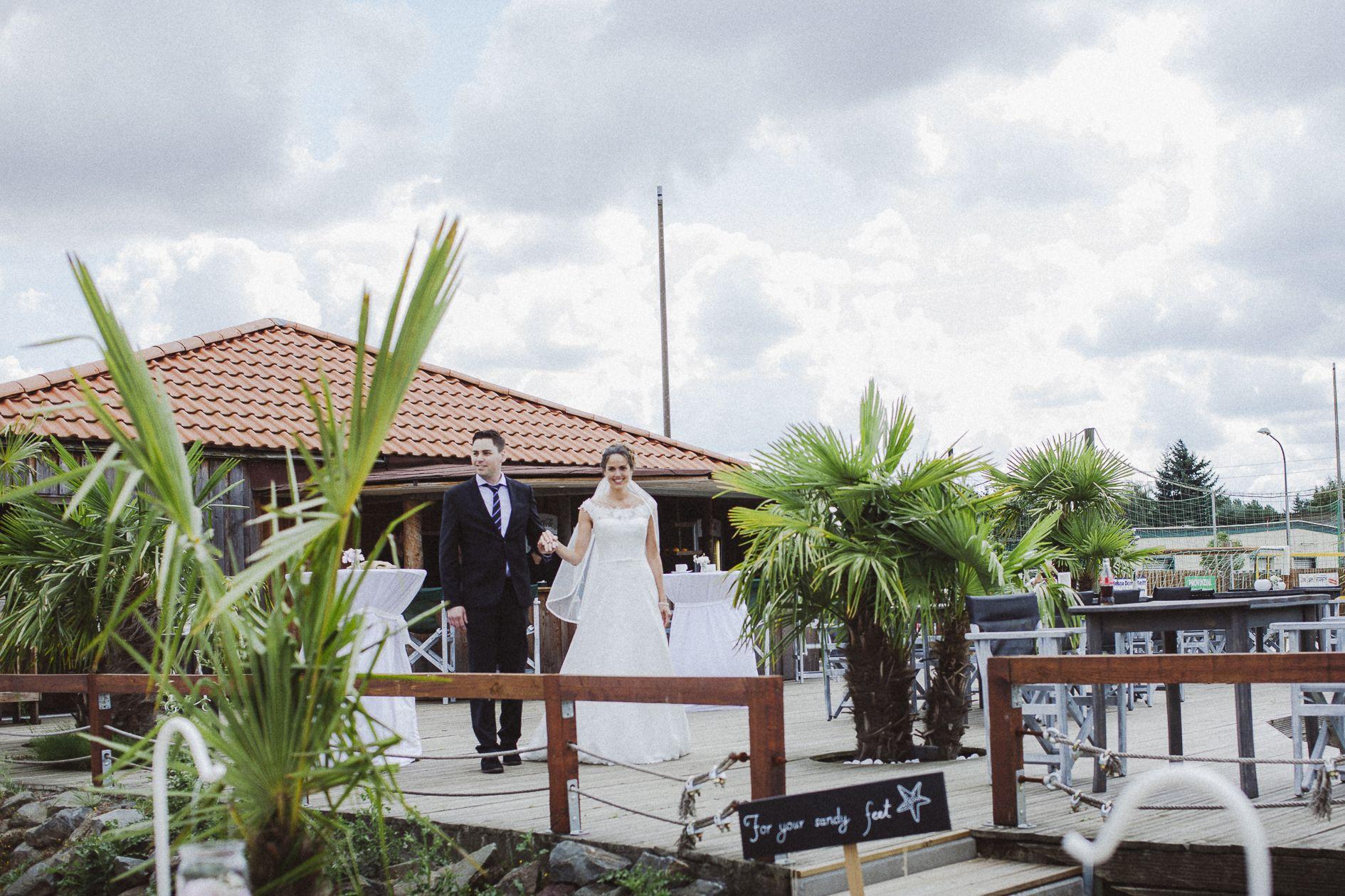 Hochzeit Aachen Düren Palmen Beachers Island Sommerhochzeit Vintage Braut Trauung Sommer Brautpaat