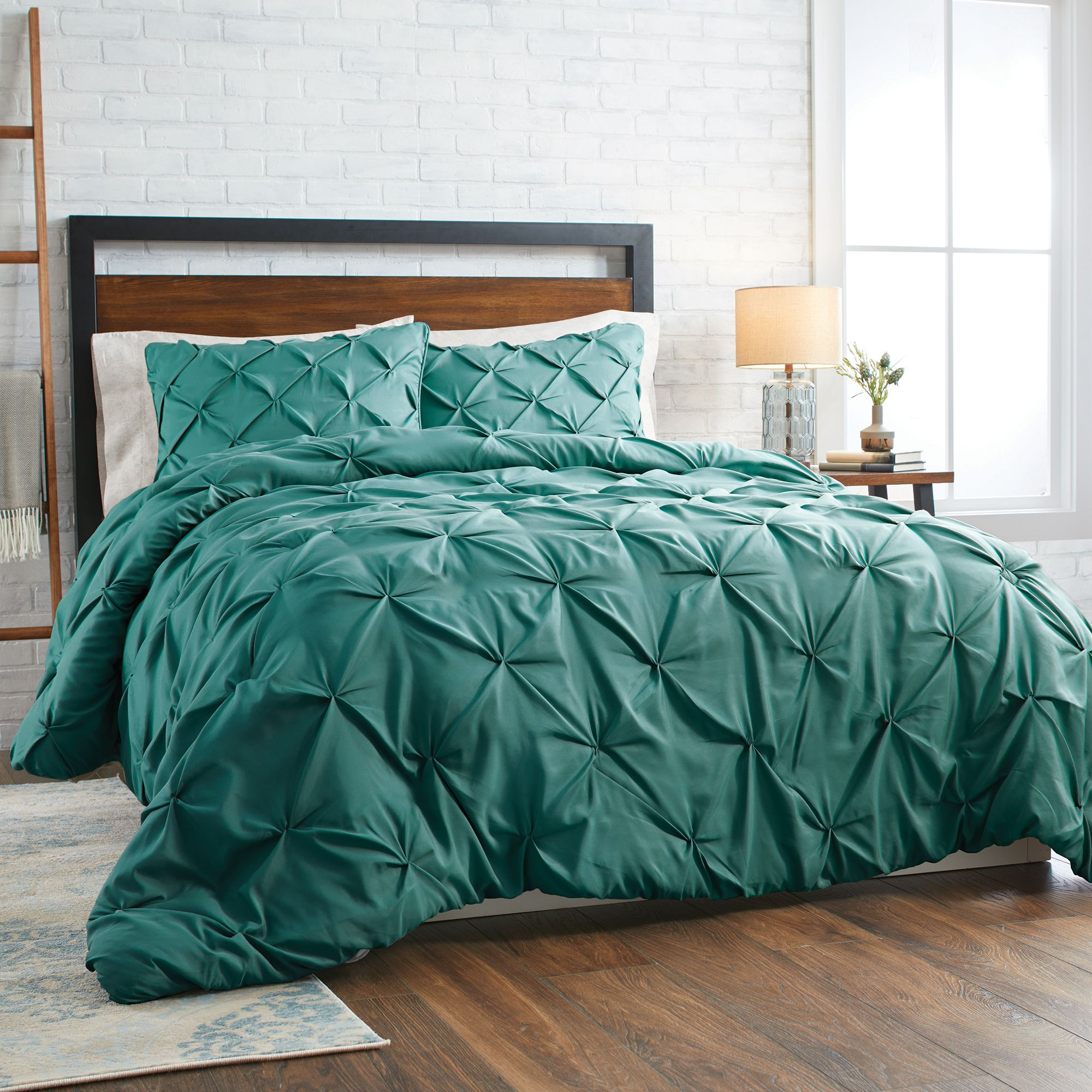 9a4f52bbb5119045d2810c03530a6ddb - Better Homes And Gardens Pintuck Bedding Comforter Mini Set