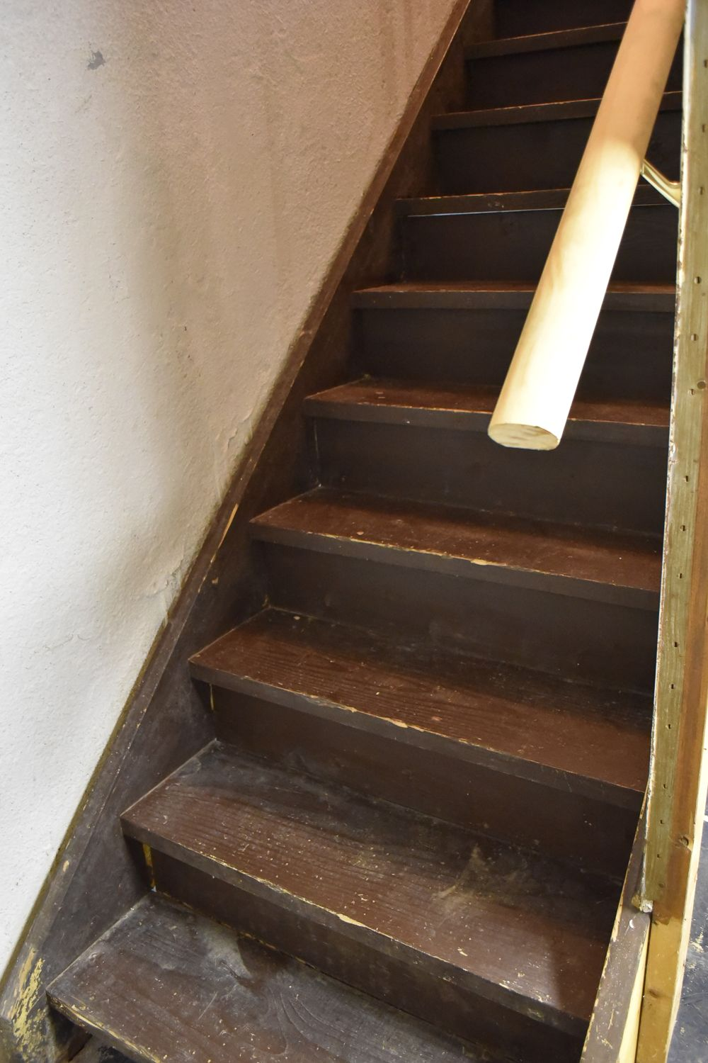 Best How To Paint Basement Stairs Painted Stairs Basement 400 x 300