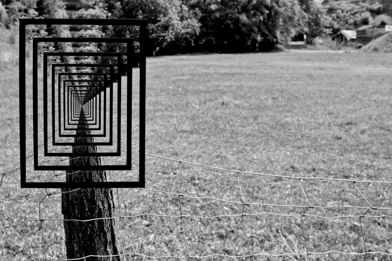 Optical Art Designs : Geometric optical tricks illusions graffiti designs and webby awards
