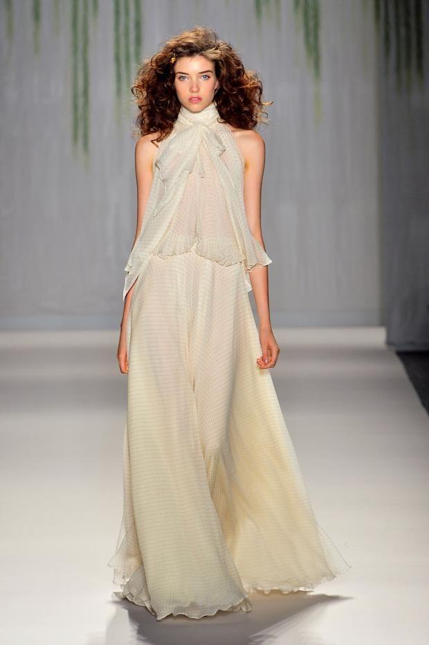 http://www.fashionising.com/runway/b--jenny-packham-ss-14-62341.html