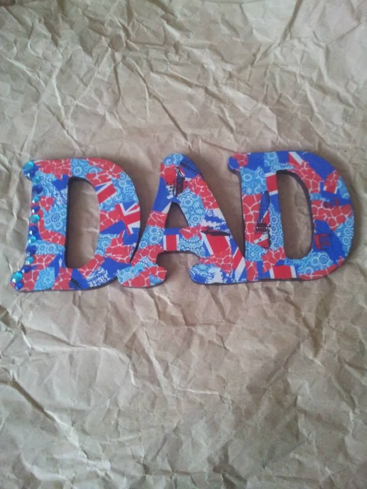 Tell him how great he is! Wooden 'Dad' £4.50 and paper pack £1.50. Complete as an activity for £6 during one of my craft days. Message me on www.facebook.com/crocodilecreationactivities or email at enquiries@crcodilecreations.co.uk if you would like more details.