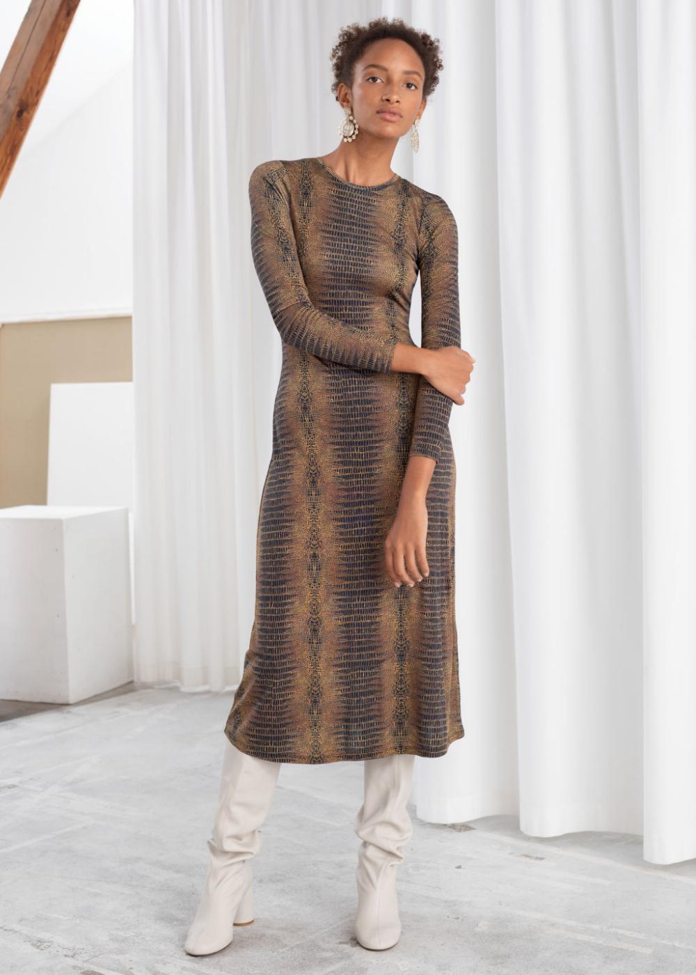 Croc Print Fitted Midi Dress Fitted Midi Dress Midi Dress High Fashion Street Style [ 1400 x 1000 Pixel ]