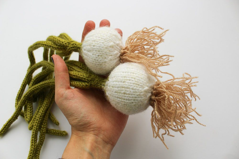 Latvia-based MapleApple, a mother and daughter duo, knit a bountiful harvest of produce solely from wool and acrylic yarn. The faithful recreations of turnips, carrots, lemons, and leeks are available as individual pieces or sold together as large sets. All pieces are child-safe and you can see much