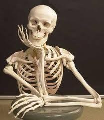 Resultado de imagem para EMOJI ANIMADO esperando sentado