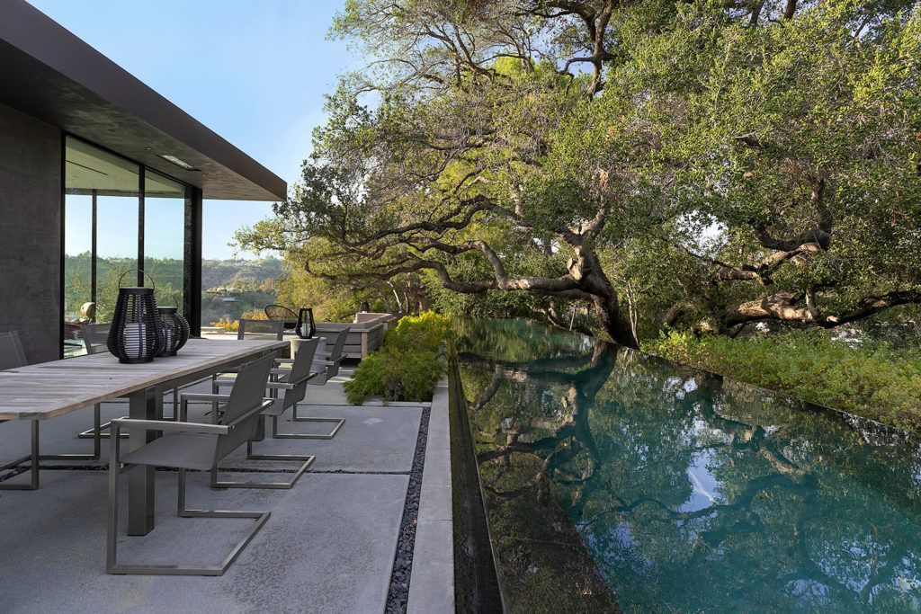 Explore an 'upside down canyon home in Beverly Hills
