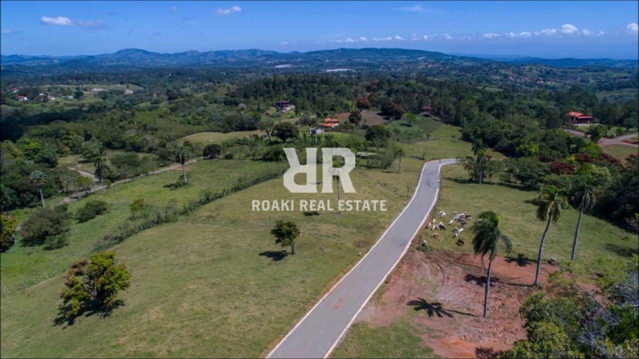 Monte Sierra Proyecto De Solares En Jarabacoa En 2020 Urbanizacion Cerrada Urbanizacion Campo De Golf